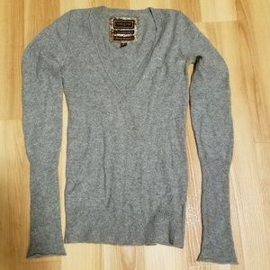 EUC Abercrombie & Fitch 100% cashmere gray sweater
